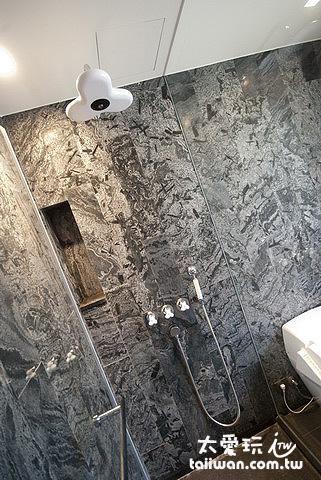 台灣廠商生產的淋浴設備