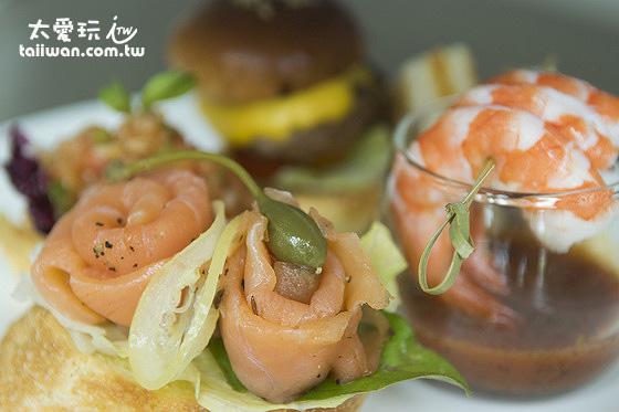 燻鮭魚、小漢堡、蝦子與起司三明治