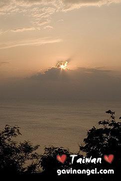 关山看日落