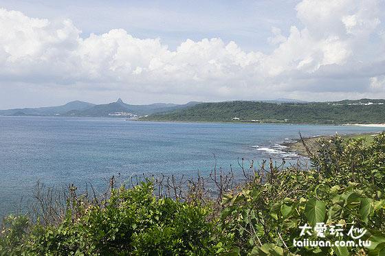 鹅銮鼻公园苍海亭吹着海风看海