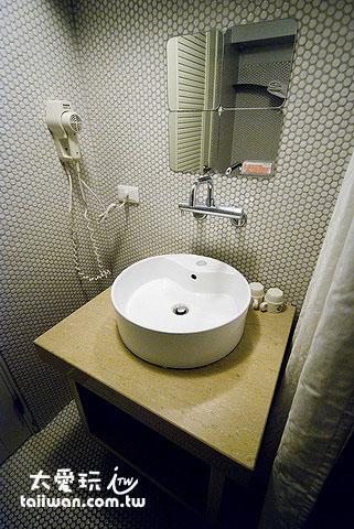 閣樓單人房浴室