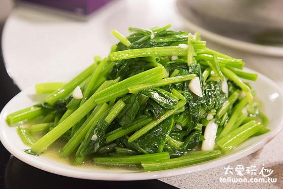 炒青菜脆又多汁