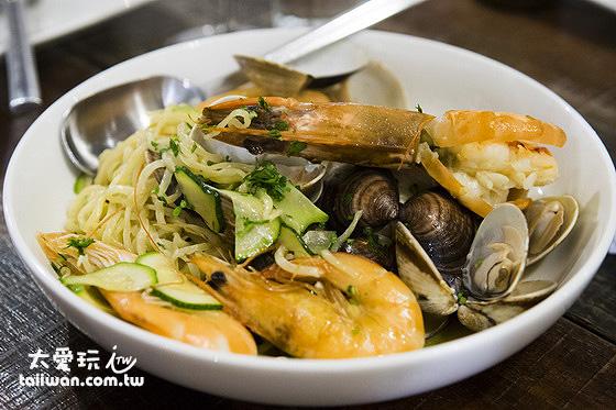 迷路小章魚餐酒館是墾丁高人氣餐廳