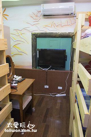 蘇老爹民宿6人宿舍房有電視