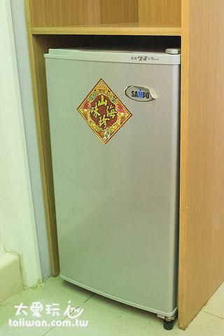 蘇老爹民宿6人宿舍房有冰箱