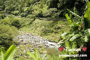 金瓜寮溪與自行車道