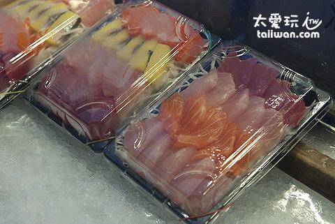 生魚片一盒200元