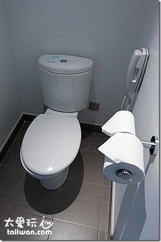 華航諾富特飯店Novotel行政客房廁所