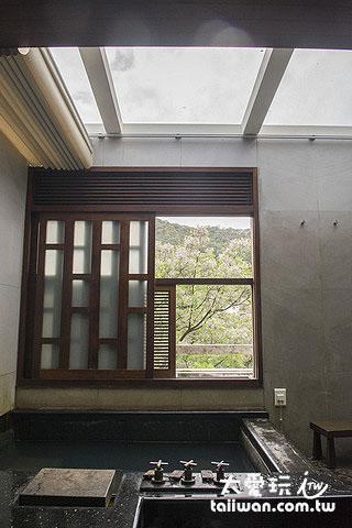 3、5、6號湯屋可以把窗戶打開