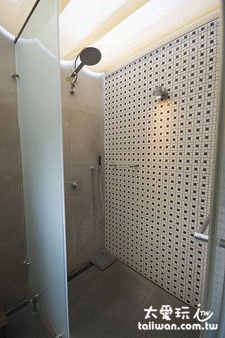 獨立湯屋淋浴間