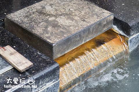 溫泉水的部分仍然是使用最多店家使用的白磺泉