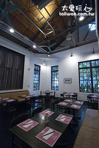 青葉新樂園簡單的裝潢、乾淨明亮的空間