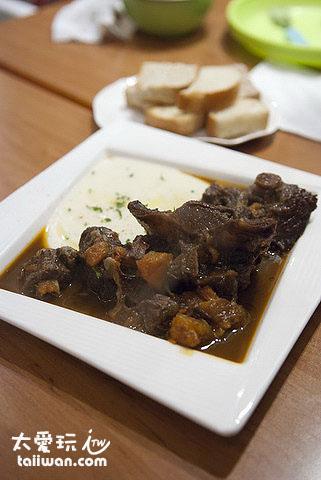 西班牙傳統燉牛肉