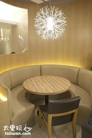 用餐空間更大更舒適