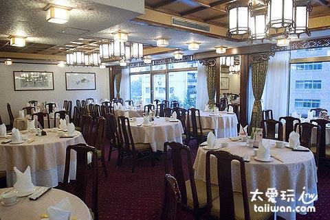 江南春餐廳裝潢很傳統