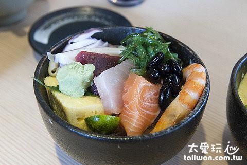 躼腳日式料理海鮮丼