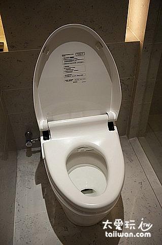 台北W Hotel超高級免治馬桶