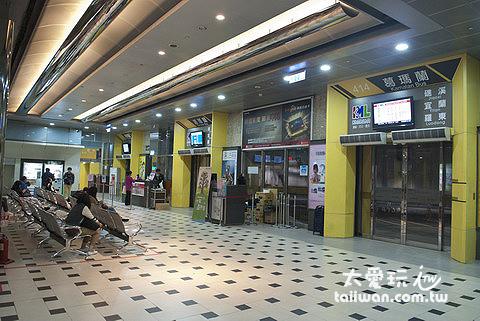 台北轉運站候車室