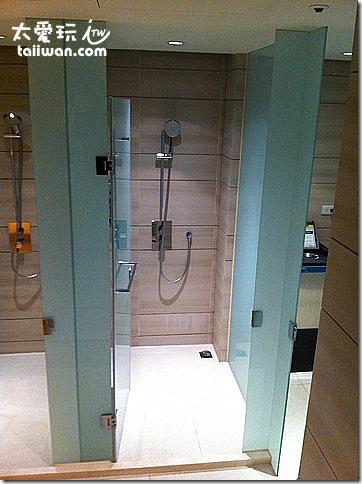 台北寒舍艾美酒店溫暖淋浴間