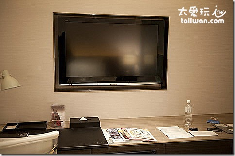 臺北寒舍艾美酒店行政客房42吋液晶電視