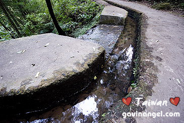 水圳的山泉水清涼無比