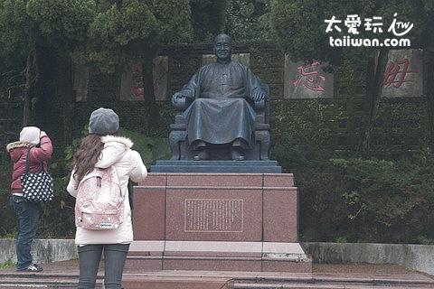 蔣公銅像區
