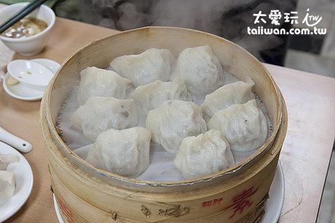 東門餃子館花素蒸餃