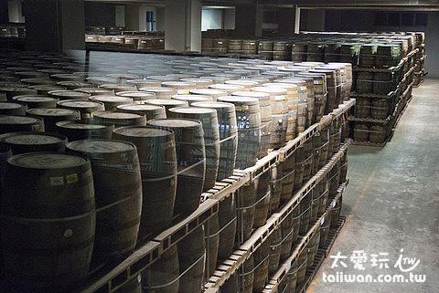 橡木桶儲存倉庫