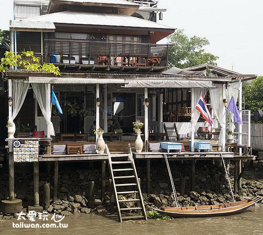 安帕瓦民宿最好選擇在河畔的