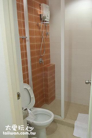 布達扣飯店浴廁