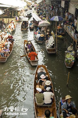 丹嫩莎朵水上市場人生鼎沸