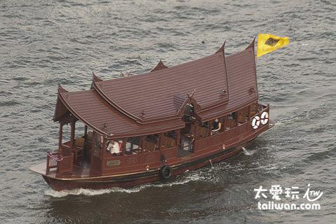 曼谷東方文華飯店專屬的免費接駁船