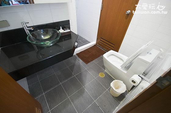 雙房公寓主臥浴室