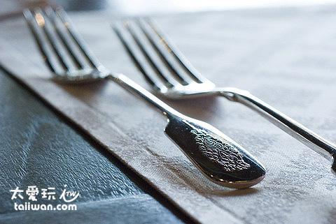 高級精緻的餐具