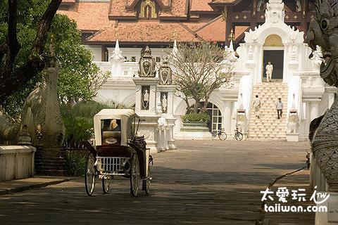 The Dhara Dhevi Hotel Chiang Mai馬車