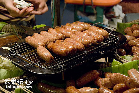 泰北香腸看起來跟台灣香腸很像