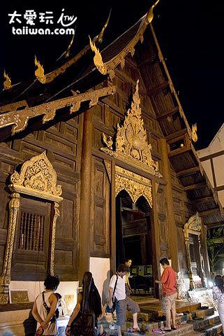 隆聖骨寺木造傳統建築