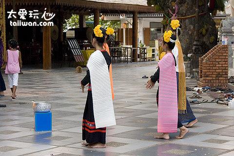 素帖寺的舞蹈