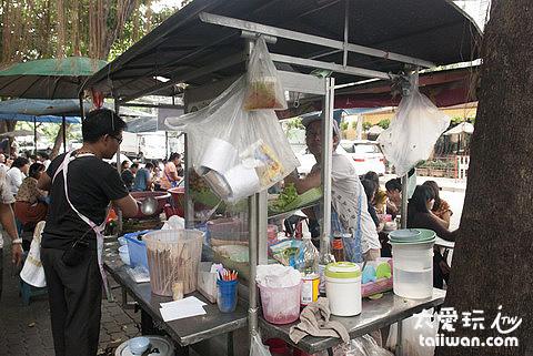 路邊攤絕對是泰國最超值的食物
