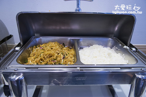 白飯、泰式炒麵