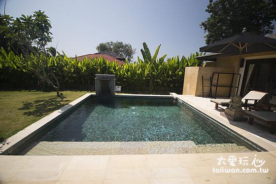 每種房型都有一個小的私人泳池