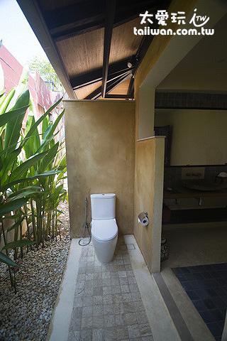 半露天浴室