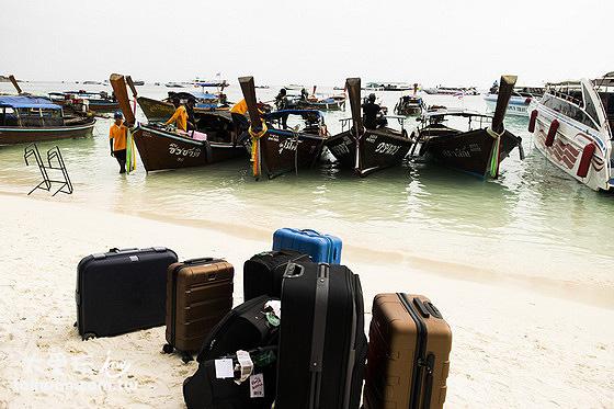 前往麗貝島可以從馬來西亞的蘭卡威、泰國蘭塔島或者合艾