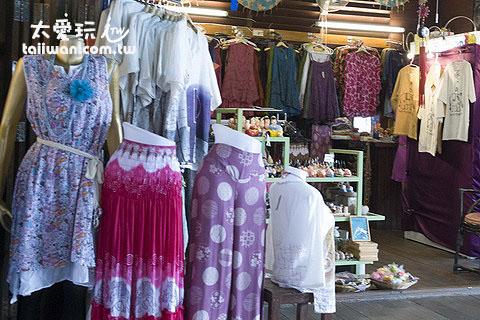 四方水上市場服飾店家