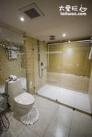 Burasari布拉莎麗酒店房間浴室