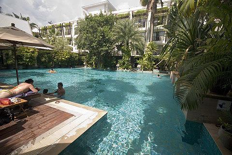 Burasari布拉莎麗酒店泳池