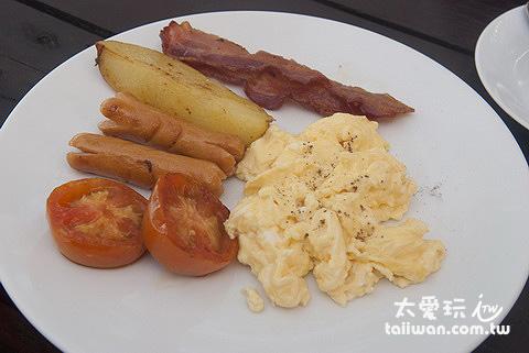 Costa Lanta早餐主菜-炒蛋