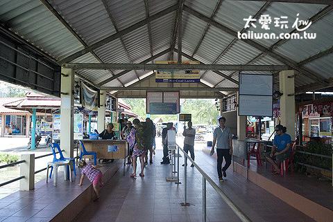 蘭塔島Koh Lanta碼頭大廳