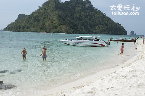 Tup Island海灘