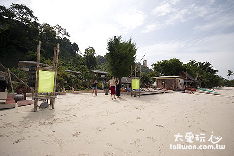 Mama Beach Residence緊鄰海灘